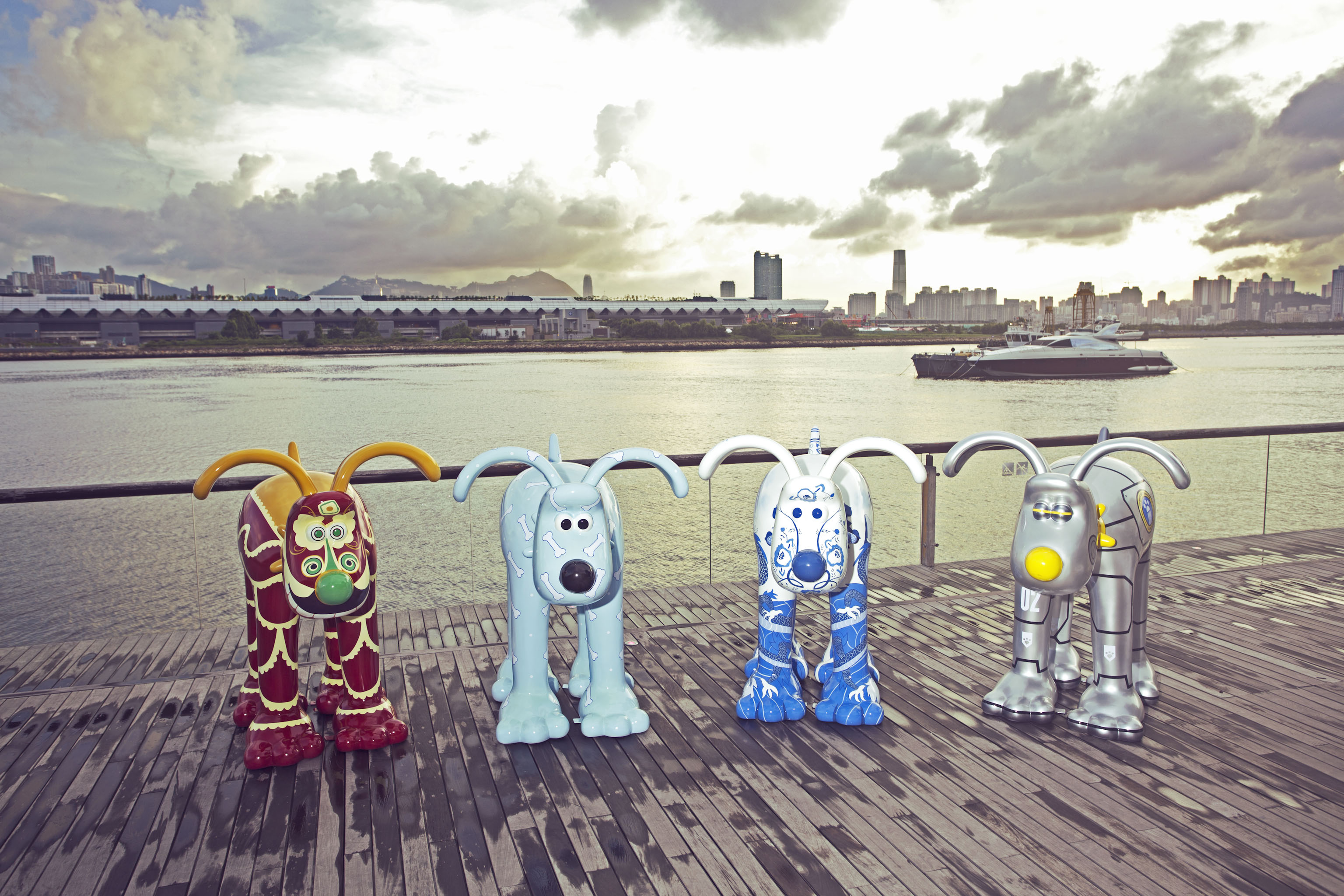 Exhibition Displays Bristol : The grand appeal brings international gromit exhibition to