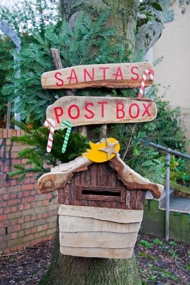santas-mailbox-1