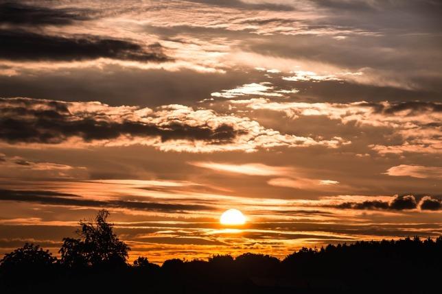 sunrise-1689044_960_720